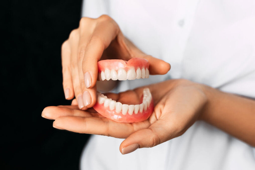everything everybody should know about dentures